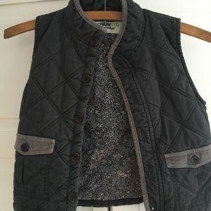 Oshkosh Boys Quilted Vest 4T Stone Gray EUC!